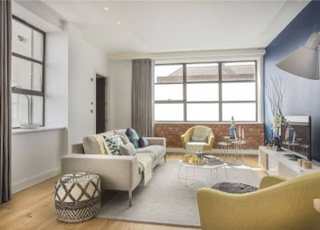 Thumbnail 2 bed flat for sale in Windsor Street, Islington, London