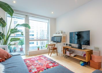 Thumbnail 1 bed flat to rent in Hertford Road, Islington