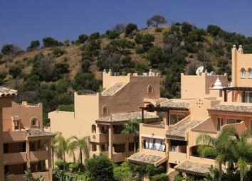 Thumbnail Serviced flat for sale in Elviria, Elviria, Spain
