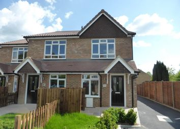 Thumbnail 1 bedroom detached house to rent in Hazel Avenue, Farnborough, Hampshire