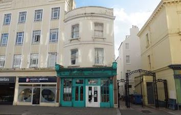 Thumbnail Restaurant/cafe to let in Ground & Lower Ground Floors, 60 Western Road, Hove