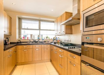 3 bed maisonette to rent in Lupus Street, Westminster SW1V