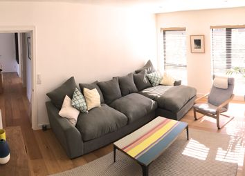 Thumbnail 3 bed flat for sale in Shelford Place, London
