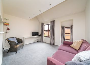 Thumbnail 2 bedroom flat to rent in Grovelands Close, Camberwell, London