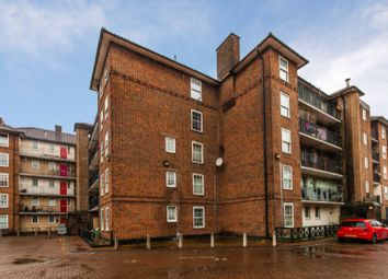 Thumbnail 1 bed flat for sale in Hollybush Gardens, London