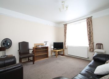 Thumbnail 3 bed flat to rent in Vermont Road, Wandsworth