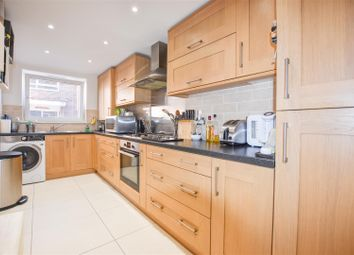 Thumbnail 2 bed flat for sale in Lessness Park, Belvedere