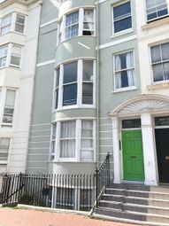 Thumbnail 1 bed flat to rent in New Steine, Brighton