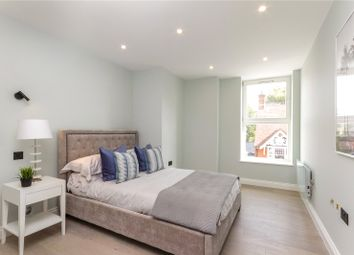 Brook House, 24 Duke Street, Henley-On-Thames, Oxfordshire RG9. 2 bed flat for sale