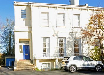 2 bed flat to rent in Lansdown, Cheltenham, Gloucestershire GL51