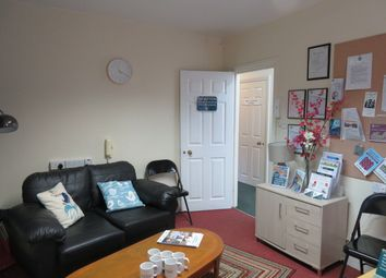 Office to let in Angel Crescent, Bridgwater TA6