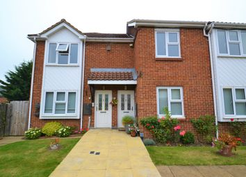 Thumbnail 2 bed flat for sale in Yew Tree Court, Barnet Lane, Elstree