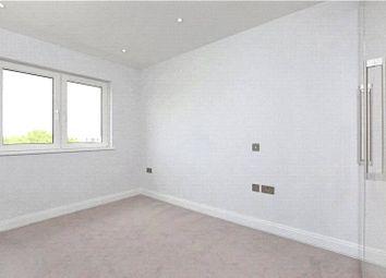 Holman Road, London SW11. 3 bed flat