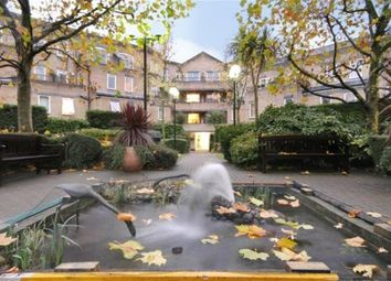 2 bed maisonette to rent in Conant Mews, London E1