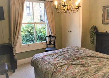Thumbnail Room to rent in Longbeach Road, London