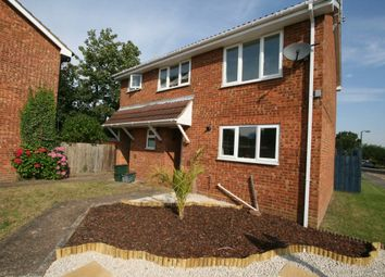 Thumbnail 1 bed flat to rent in Abbots Avenue, St.Albans