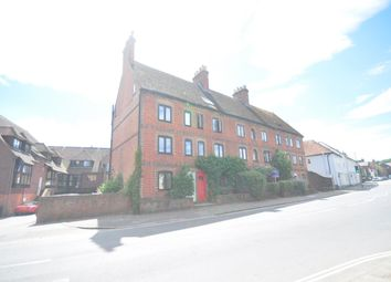 Thumbnail 2 bed flat to rent in Petersfield Road, Midhurst