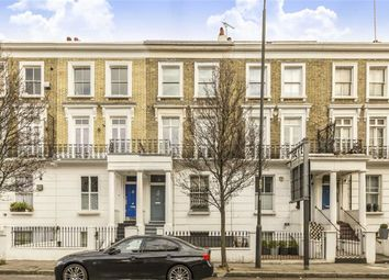 Thumbnail 2 bed flat to rent in Gunter Grove, London