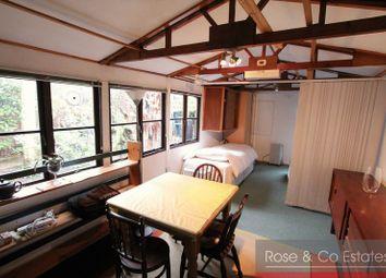 Thumbnail Studio to rent in Broadhurst Gardens, London