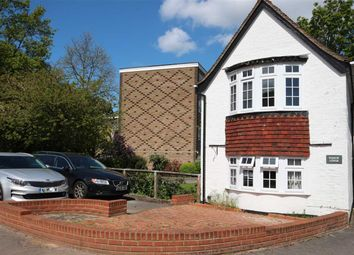Thumbnail 2 bed cottage to rent in Green Lane, Hamble, Southampton