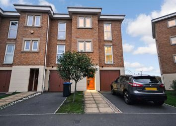 Thumbnail 4 bed property to rent in Greenview Drive, London