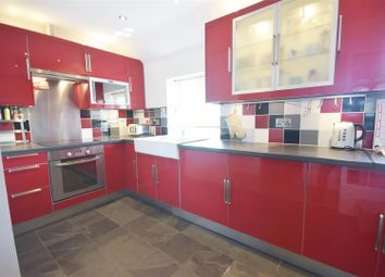 Thumbnail 3 bed flat for sale in Newbold Road, Wellesbourne, Warwick