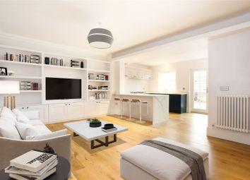 Thumbnail 2 bedroom flat for sale in Kings Road, Windsor, Berkshire