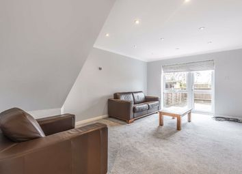 2 bed property to rent in Linnet Mews, London SW12
