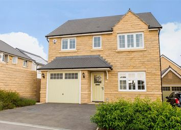 Thumbnail 4 bed detached house to rent in Bletchley Avenue, Horsforth