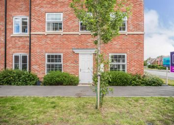 2 bed maisonette for sale in Jasmine Square, Loddon Park, Woodley, Reading RG5