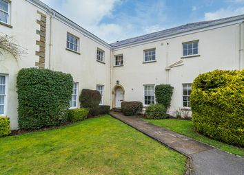 Missenden Road, Amersham HP7. 2 bed flat for sale