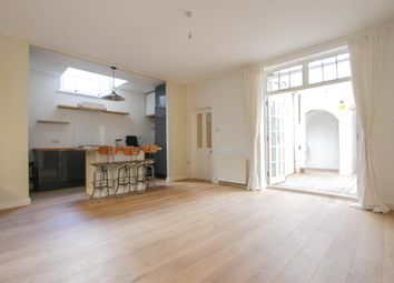 Thumbnail 2 bed flat to rent in Belgrave Place, Brighton