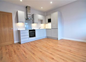 Thumbnail 1 bed flat to rent in Albany Gate, Darkes Lane, Potters Bar, Hertfordshire