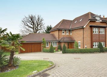 Thumbnail 5 bedroom detached house for sale in Tolmers Gardens, Cuffley, Hertfordshire