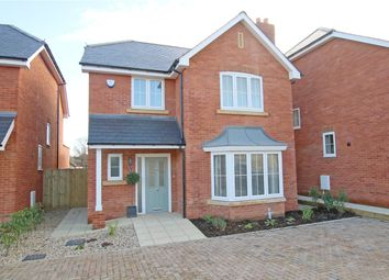 Thumbnail 4 bedroom detached house to rent in Heatherfield Place, Sonning Common, Reading