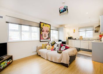 Thumbnail Flat for sale in St Margarets Road, Ealing