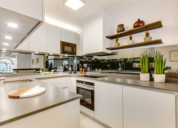 Thumbnail 2 bed flat for sale in Eagle Street, London