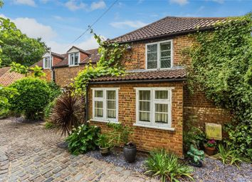 4 bed cottage for sale in Squires Bridge Road, Shepperton, Surrey TW17