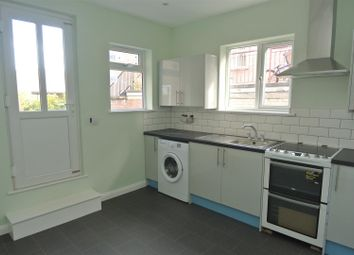 1 bed flat to rent in High Street, Weybridge KT13