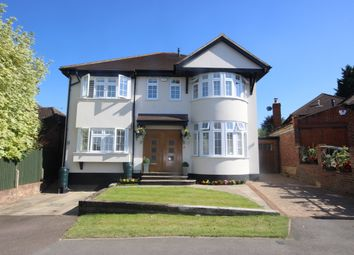 Thumbnail 5 bed detached house to rent in Park Mount, Harpenden