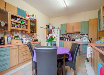 Thumbnail 2 bed flat for sale in Mansfield Road, Nottingham