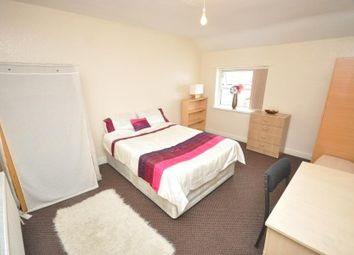 Thumbnail 5 bed shared accommodation to rent in Hessle Avenue, Hyde Park, Leeds