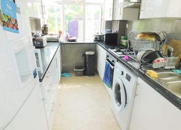 Thumbnail 5 bed property to rent in Grasmere Avenue, London