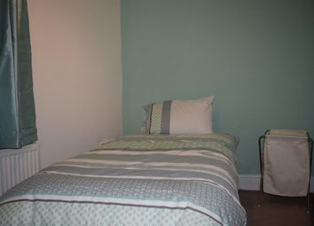 Thumbnail Room to rent in Dovercourt Road, Rotherham
