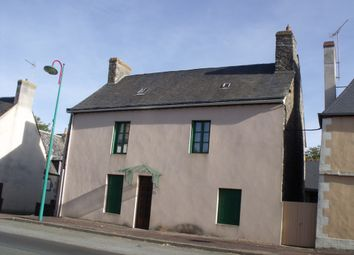 Thumbnail 5 bed detached house for sale in Couptrain, Couptrain (Commune), Couptrain, Mayenne Department, Loire, France