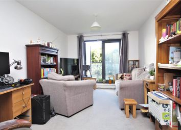 Thumbnail 1 bed flat to rent in Guildford Road, Woking