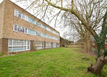 Thumbnail 1 bed property to rent in Grove Road, Emmer Green, Reading