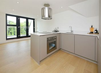 Thumbnail 2 bed flat to rent in 199 Watling Street, Radlett, Hertfordshire