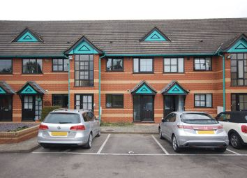 Thumbnail 1 bed flat to rent in Northfield Gardens, Watford