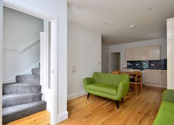 Thumbnail 4 bed flat to rent in Battersea Park Road, Battersea Park